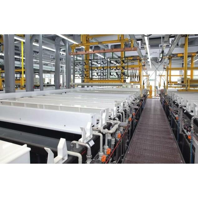 3-rowed automatic electroplating plant (so called comb plant) for rack articles. The plant is designed for zinc and zinc/iron electroplating in a variety of finishes, as well as low gloss, gloss and pearlescent nickel and chrome plating. You will find a description of the individual processes under the respective keyword in this chapter.